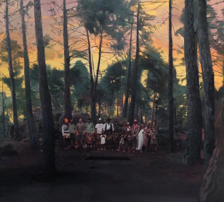 Amantes dels rovellons ante su hallazgo de vestigios aztecas